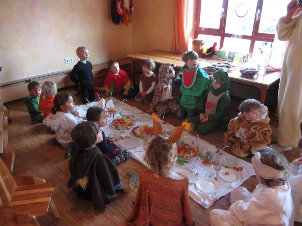 Fasching Im Waldorfkindergarten Karlsbad Waldorfkindergarten Karlsbad